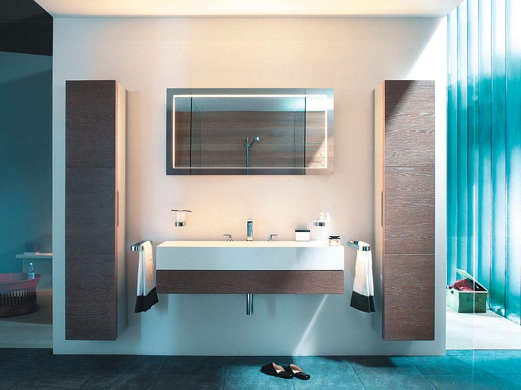 Подвесные шкафы пеналы в ванной комнате
