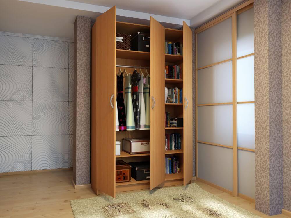 Фото распашного шкафа с полочками и штангой для одежды