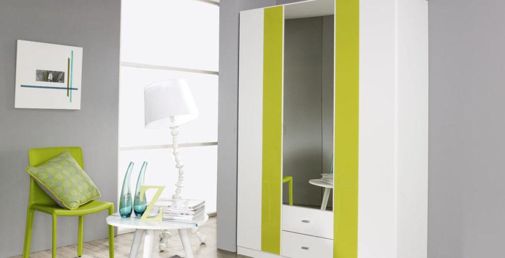 Фото распашного шкафа с зеркалом