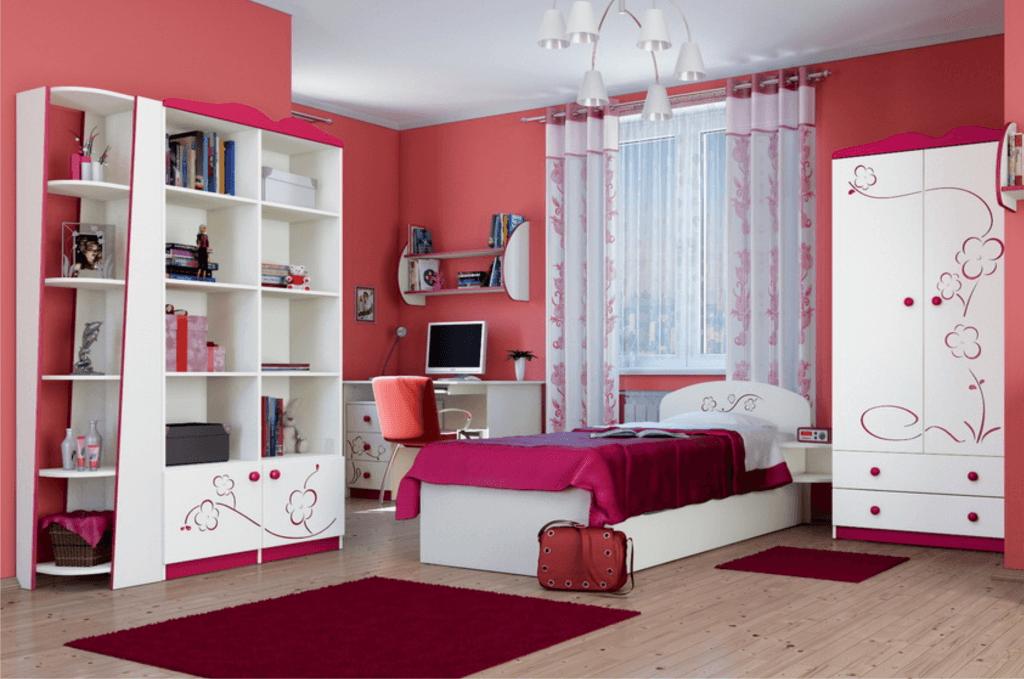 Дизайн детской комнаты девочки с распашным шкафом
