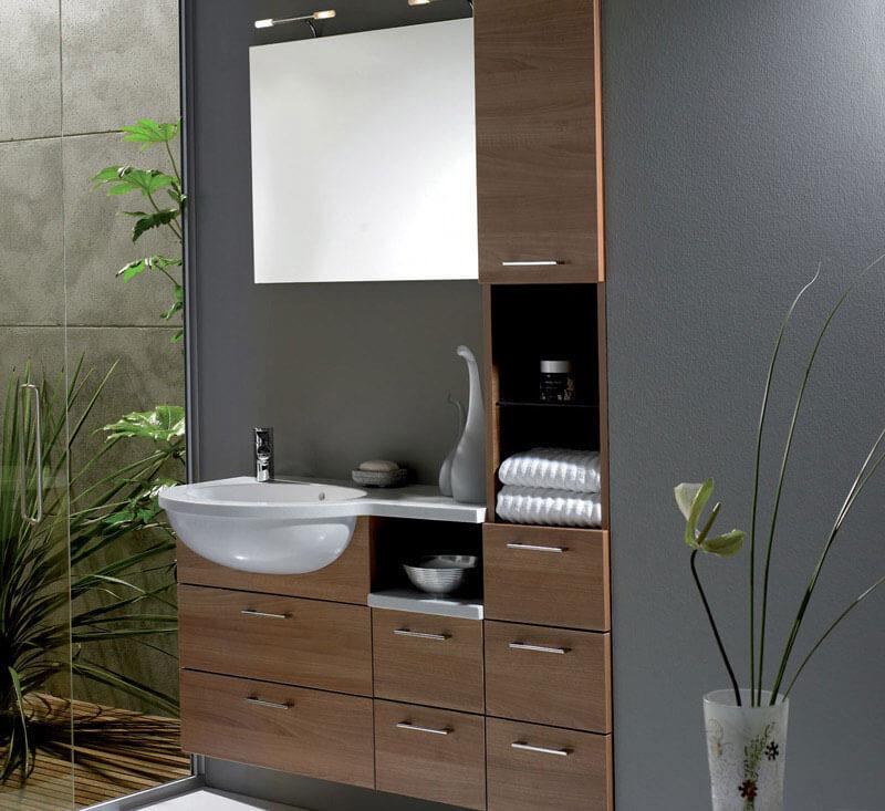 Фото бельквого шкафа пенала в ванной комнате