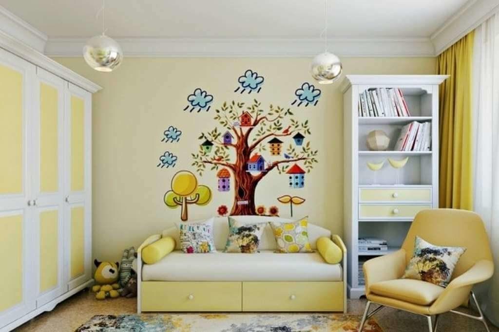Детская комната девочки с двумя шкафами в интерьере для книг и для одежды