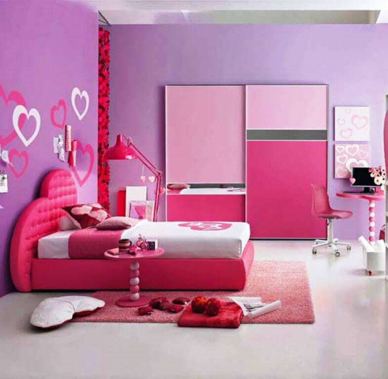 розовый шкаф купе для девочки подростка в интерьере комнаты