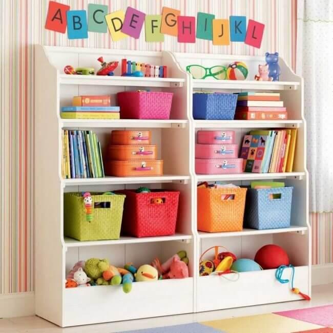 Фото детского шкафа с открытыми стелажами