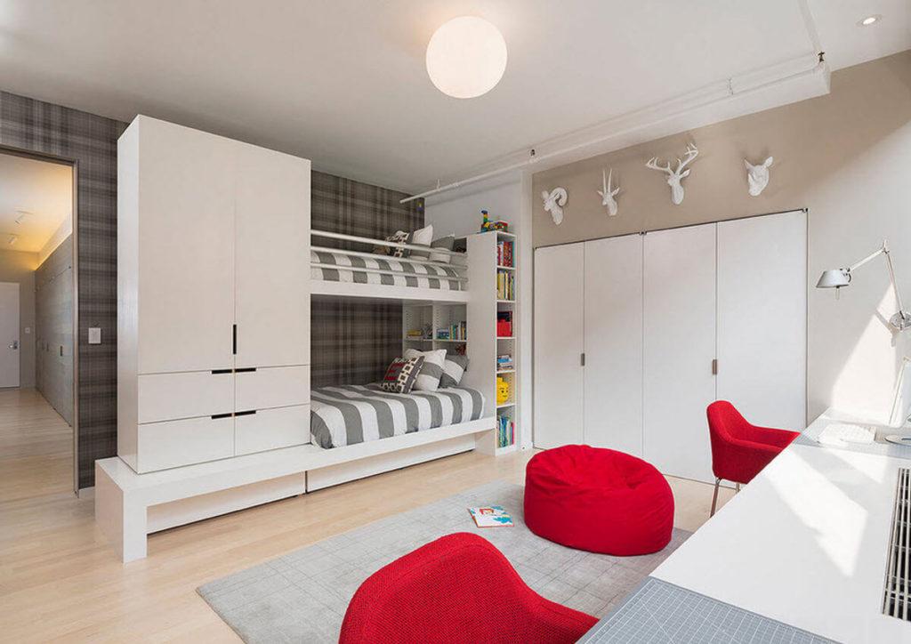 Двухъярусная кровать совмещенная со шкафом