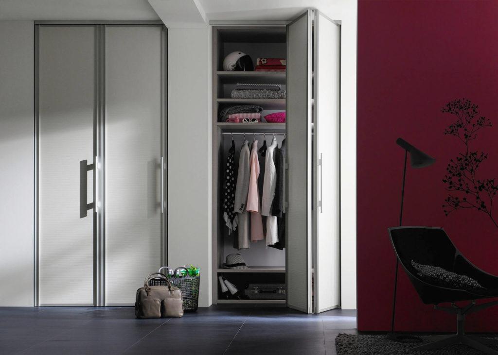 Шкаф гармошка в интерьере