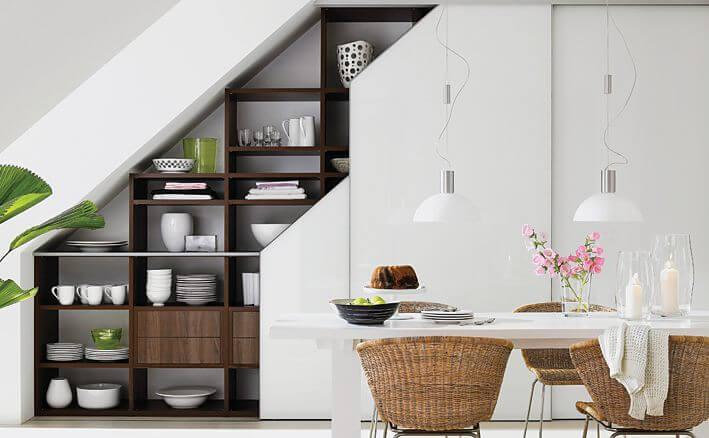 Фото встроенного кухонного шкафа во всю стену на мансарде