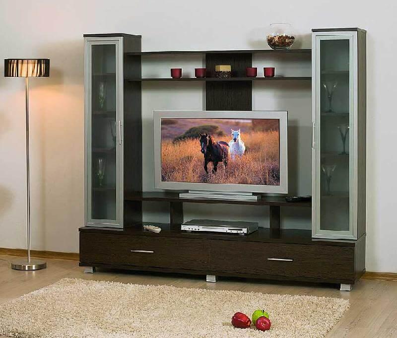 Горка с местом для телевизора