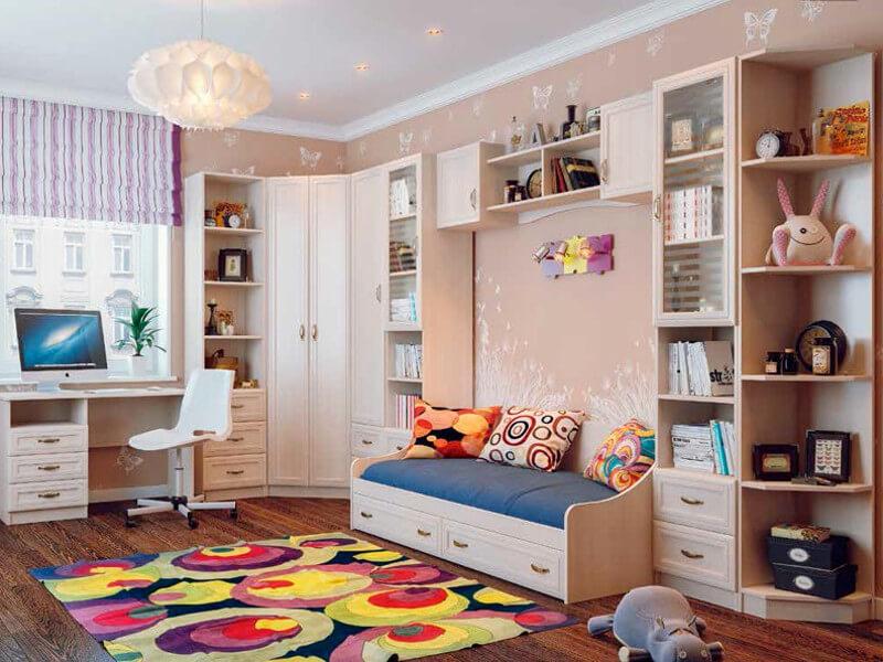 Фото мебельного комплекса шкафов в детской комнате с рамочными фасадами