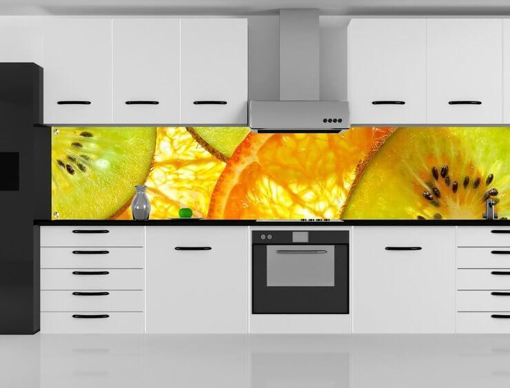 Стеклянная кухонная панель скинали