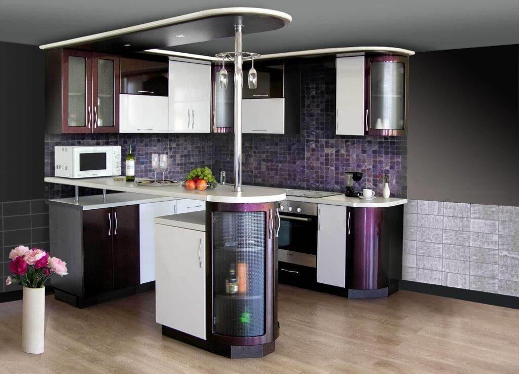 Кухонная барная стойка с распашными дверцами встроенного шкафа