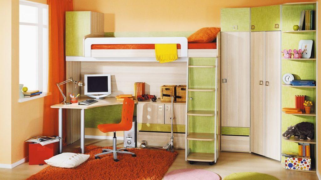 Угловой мебельный комплекс к кроватью