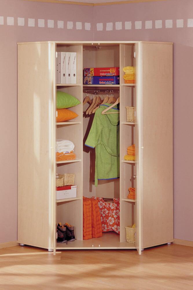 Фото внутреннего наполнения углового детского шкафа