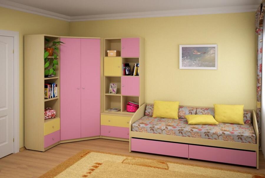 Трапециевидный угловой шкаф в детской
