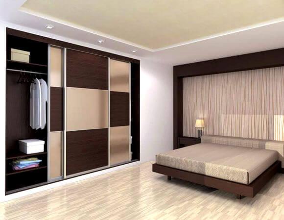 Встроенный шкаф купе для одежды в спальне