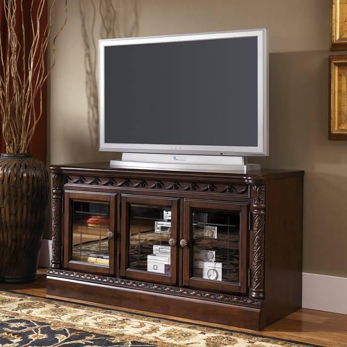 Фото комода с телевизором в интерьере гостиной