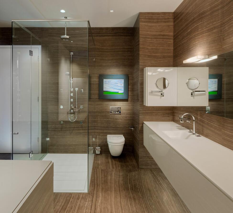Интерьер ванной с подвесной тумбой