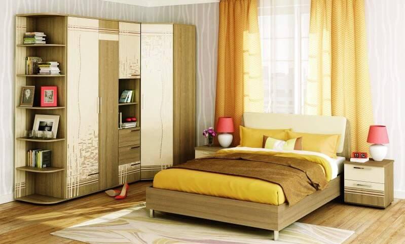 Распашной угловой шкаф в спальне