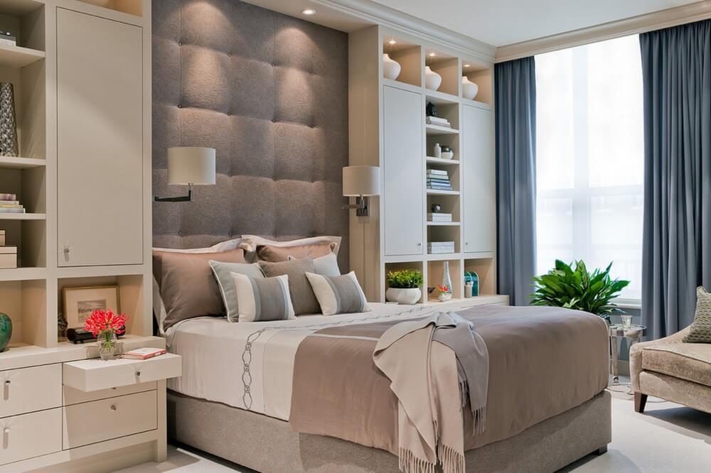 Фото спального гарнитура со шкафами пеналами в комплекте