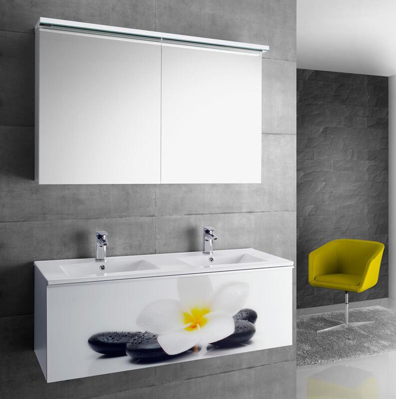 Фото зеркального шкафа для ванной