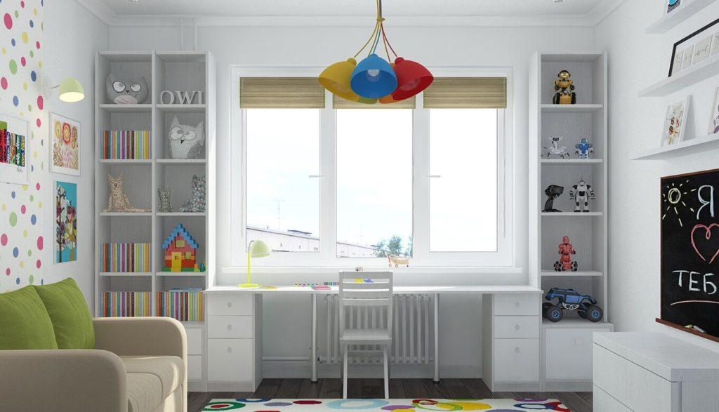 Шкафы у окна со столом