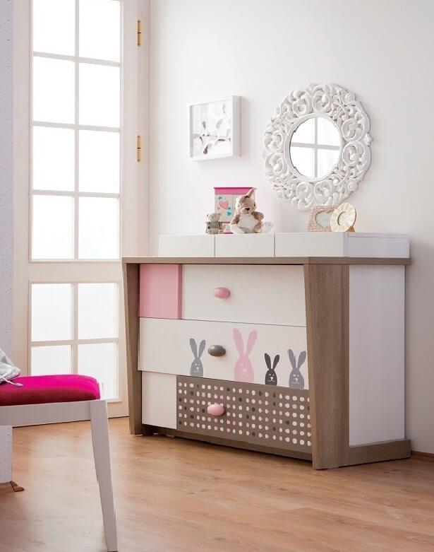 Фото комода в комнате девочки