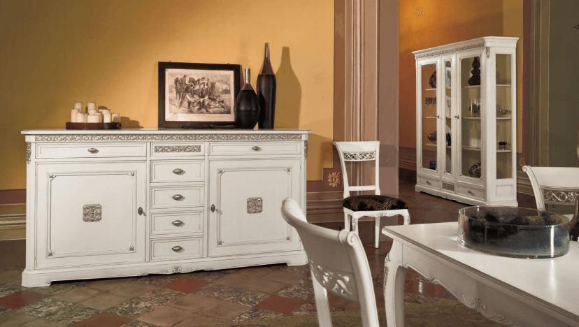 Комод в интерьере кухни в классическом стиле