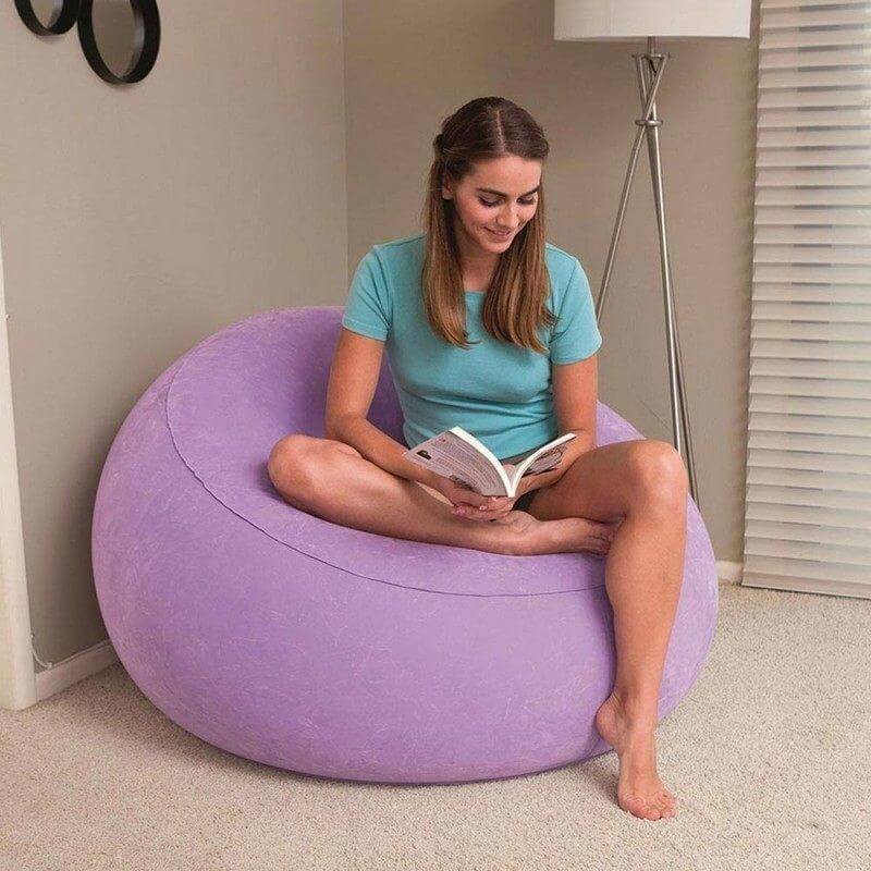 Фото надувного кресла в интерьере