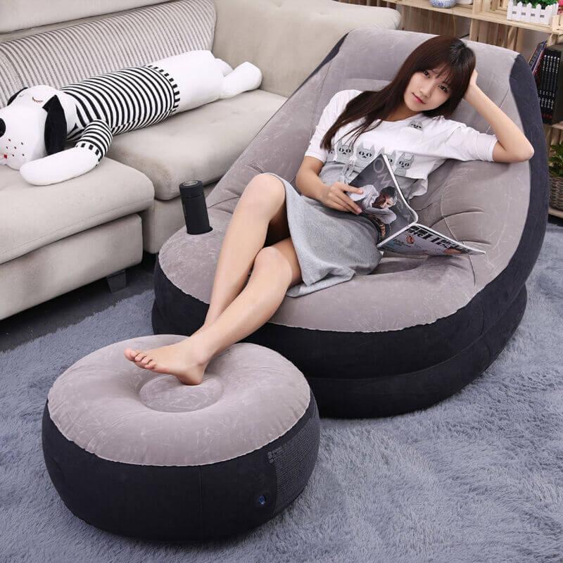 Фото надувного кресла с пуфиком