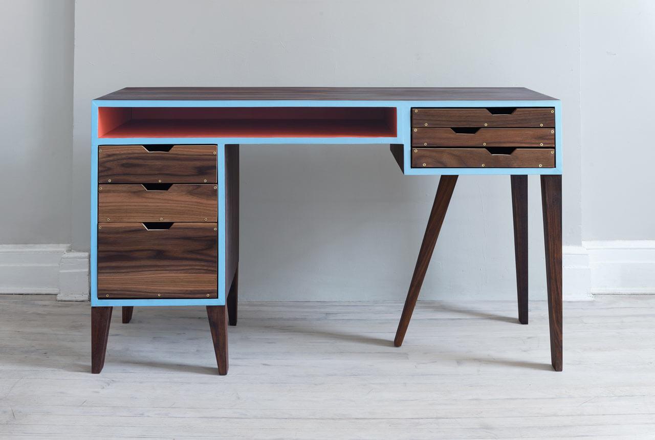 kompyuternye-stoly-iz-massiva-dereva (2)