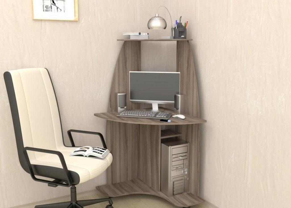 Маленький угловой компьютерный стол