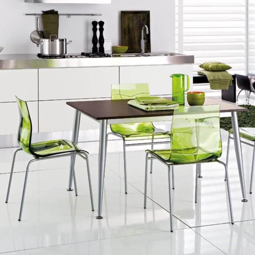 Фото пластиковых стульев на металлическом каркасе