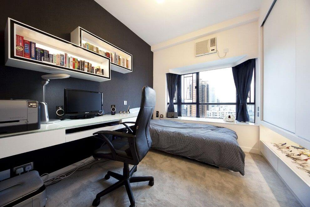 Спальная комната с рабочей зоной
