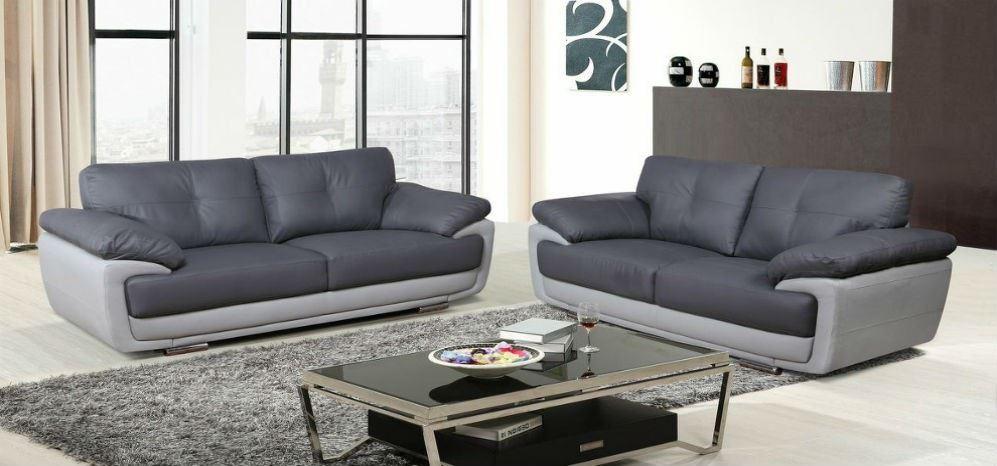 Расположение двух диванов в комнате