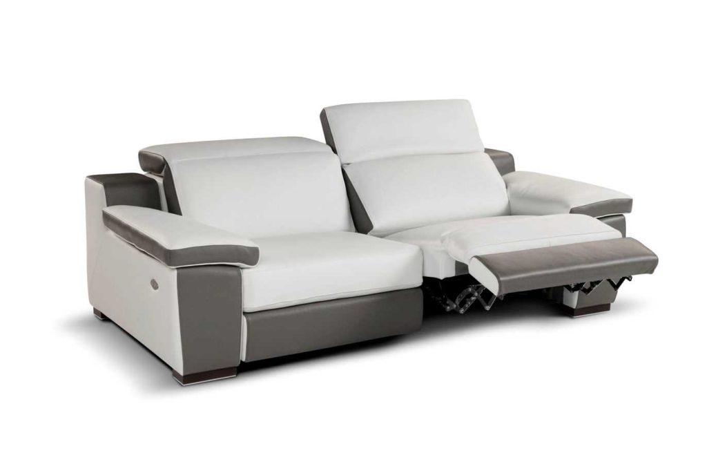 Мягкий диван реклайнер с подставкой для ног