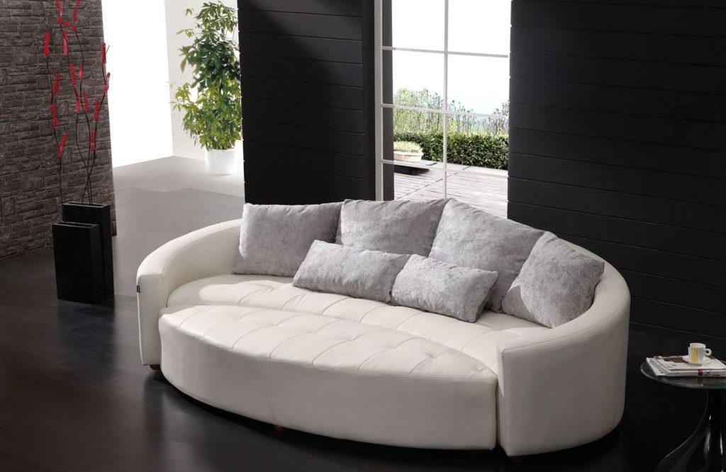 Размещение круглого дивана в интерьере