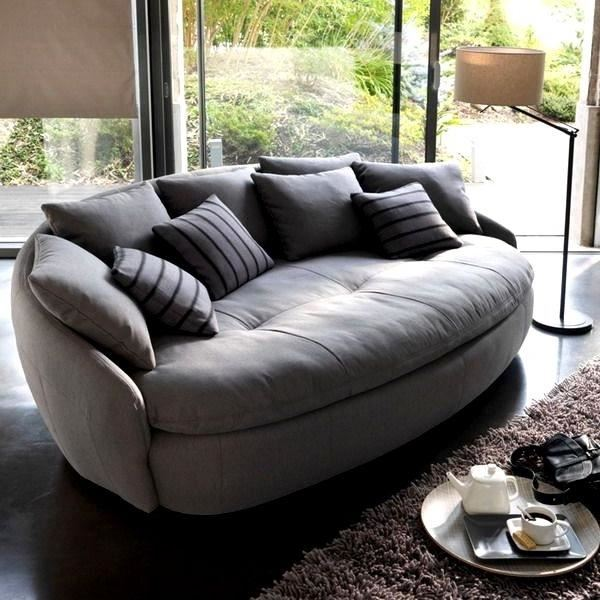 Фото текстильного круглого дивана