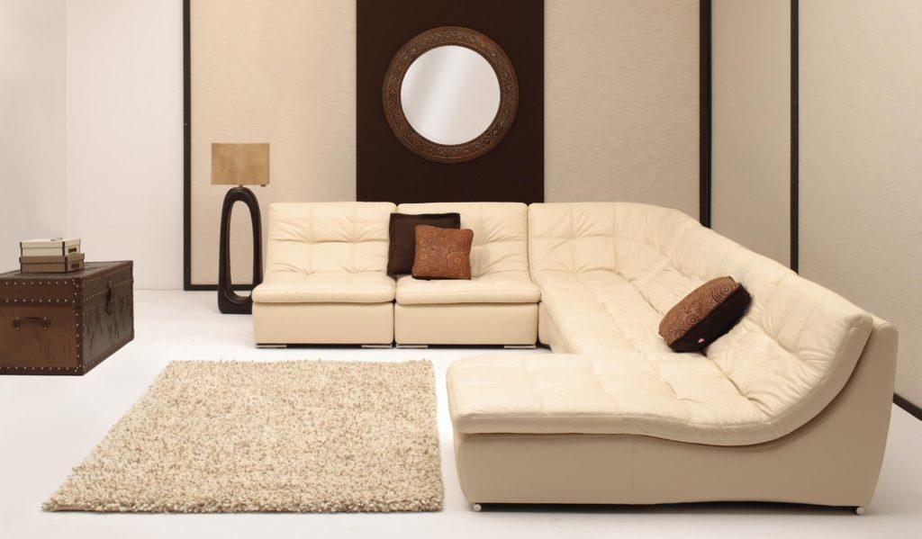 Большой кожаный секционный диван