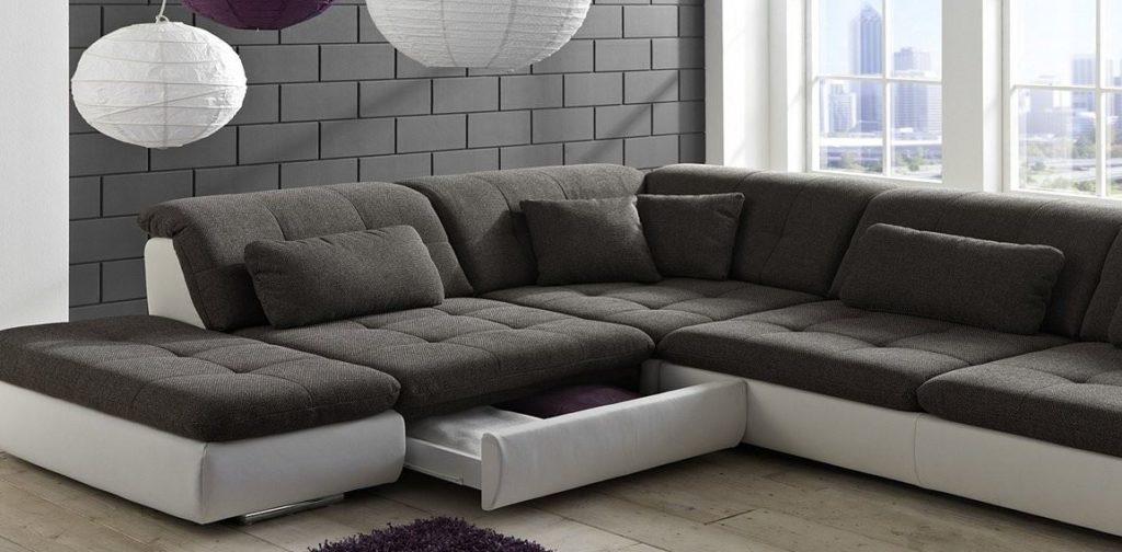 Большой модульный диван со спальным местом