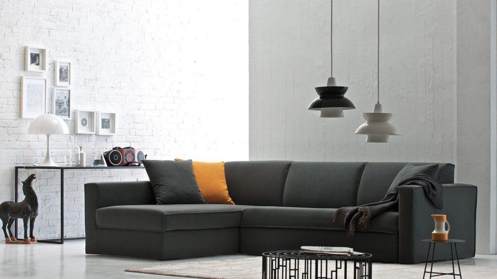 Фото раскладного дивана для сна с практичной и износостойкой обивкой