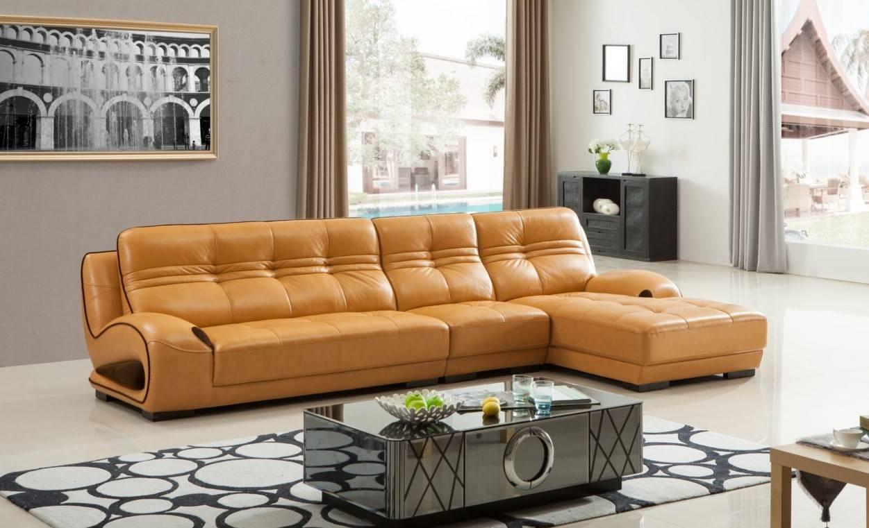 Угловой диван в интерьере гостиной (10)
