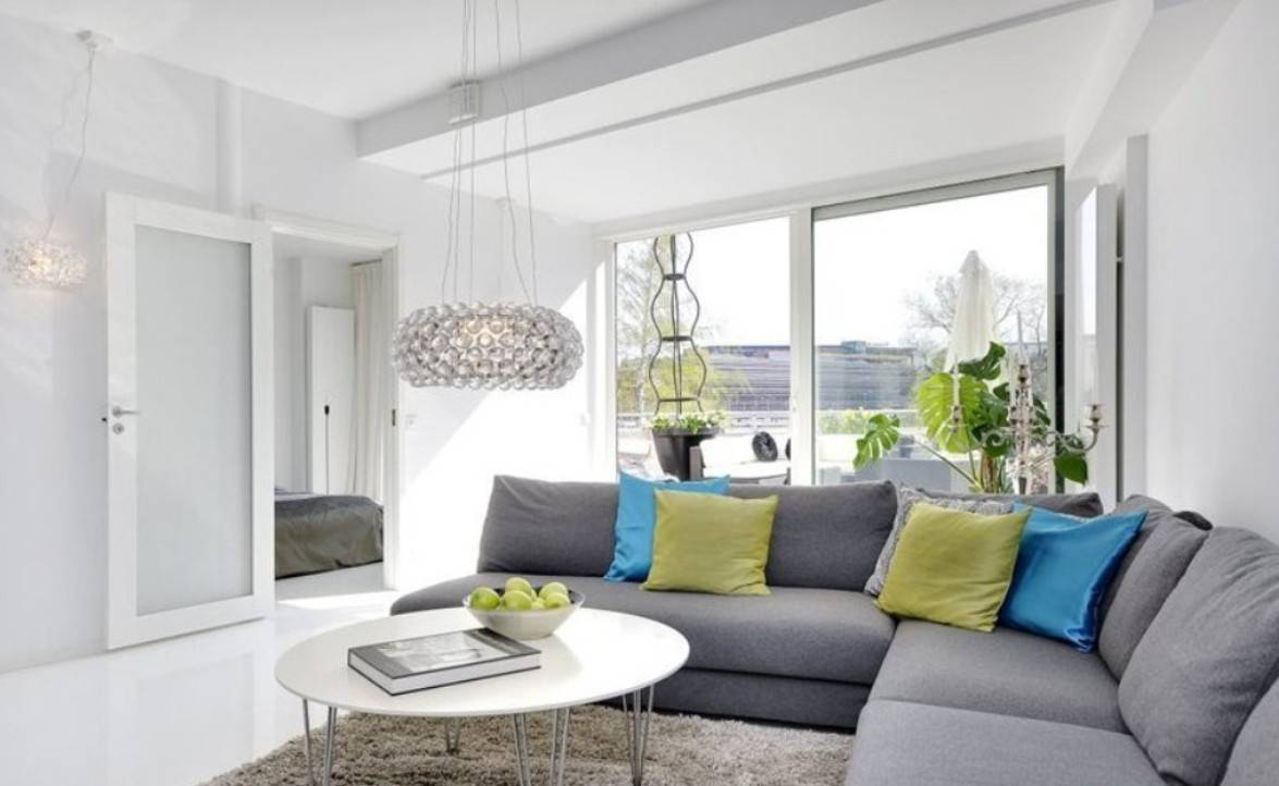 Угловой диван в интерьере гостиной (21)