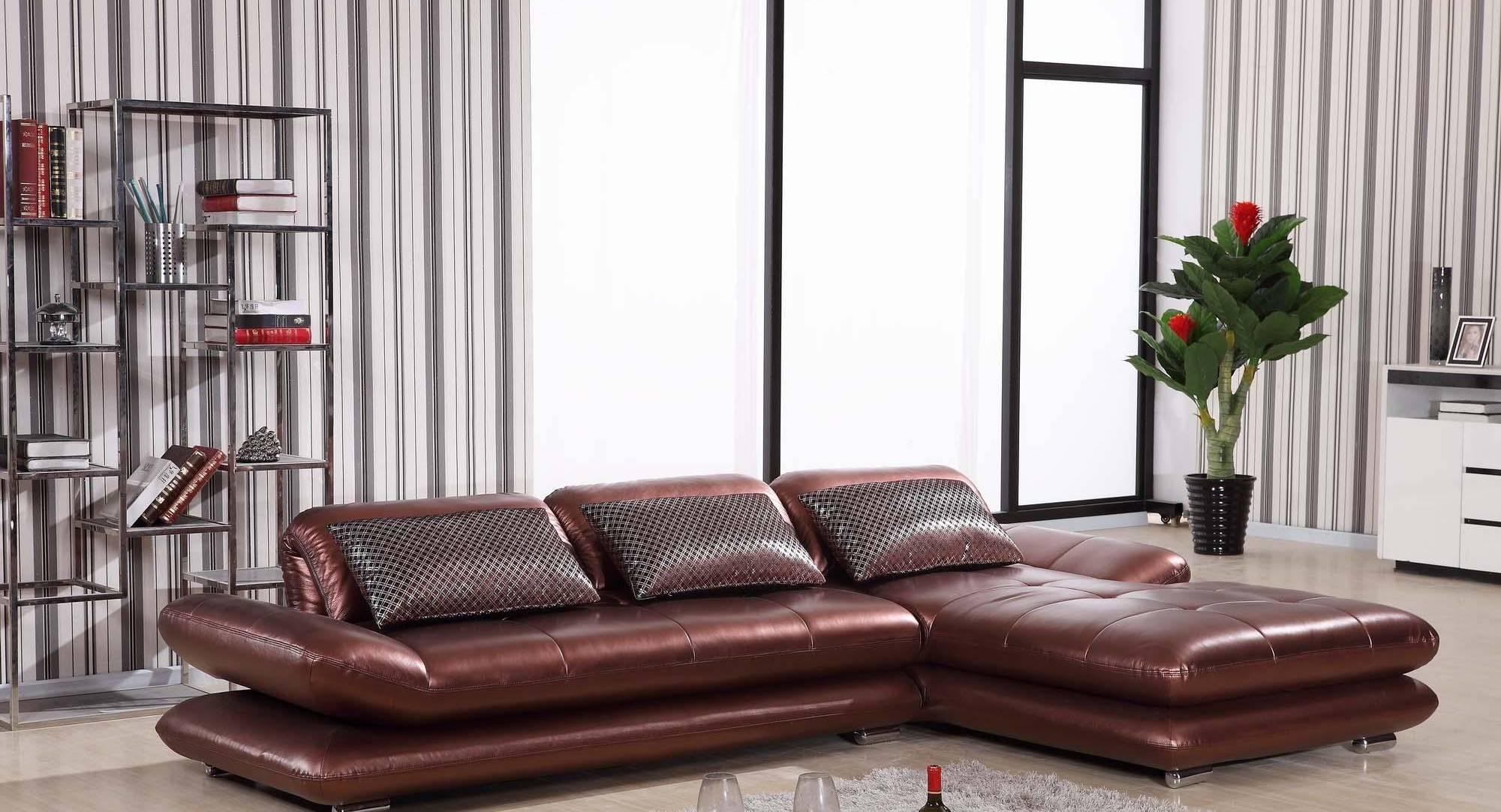 Угловой диван в интерьере гостиной (4)