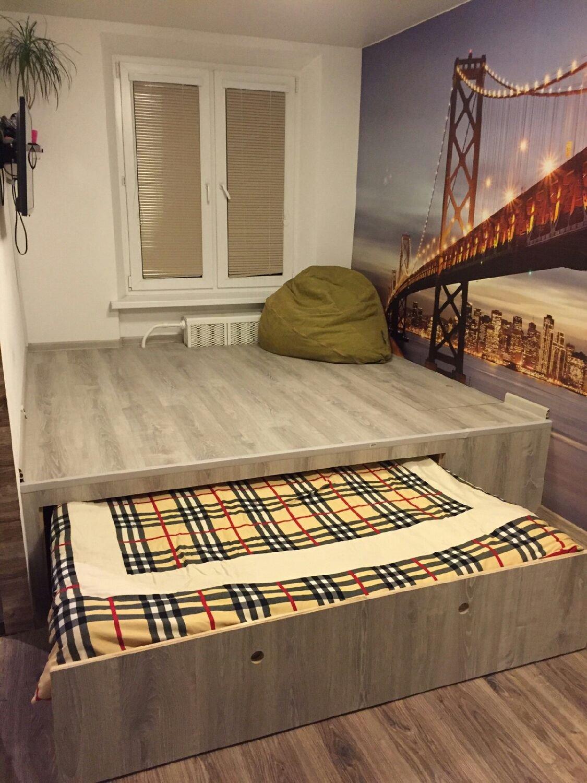 Кровать своими руками под подиумом 12
