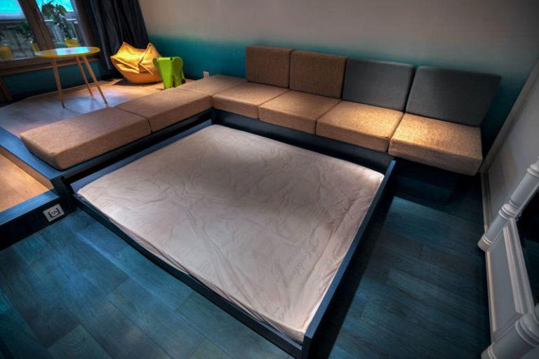 Выдвижная подиум кровать