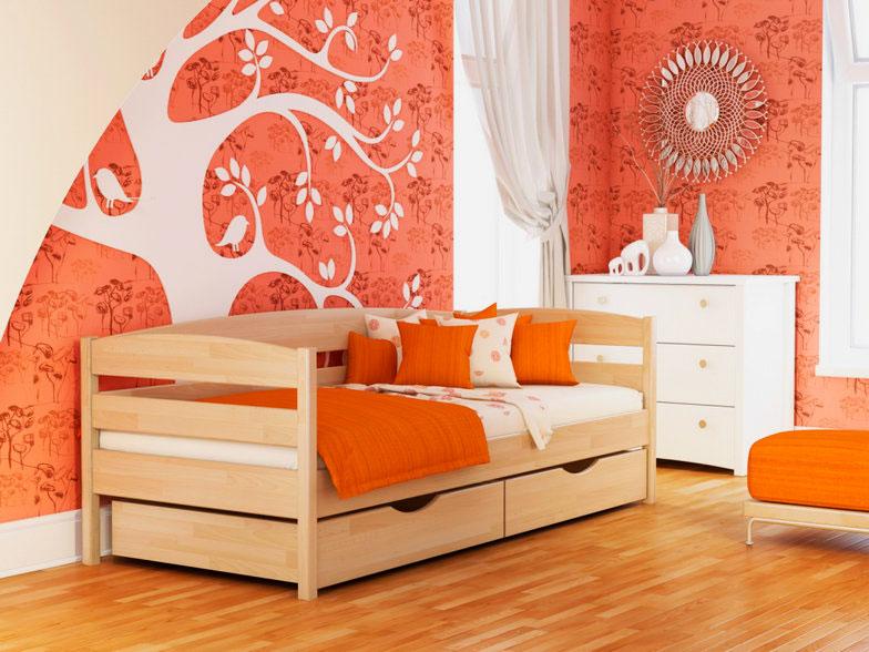 Кровать из дерева подростковая
